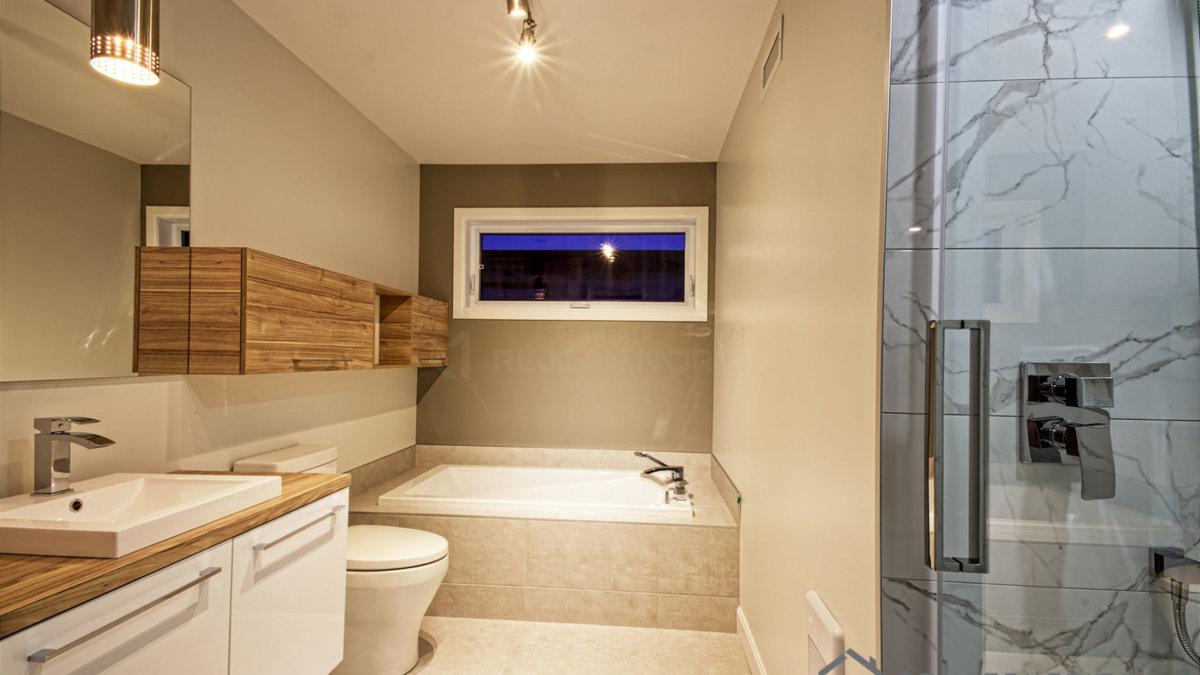 P-366 : Salle de bain