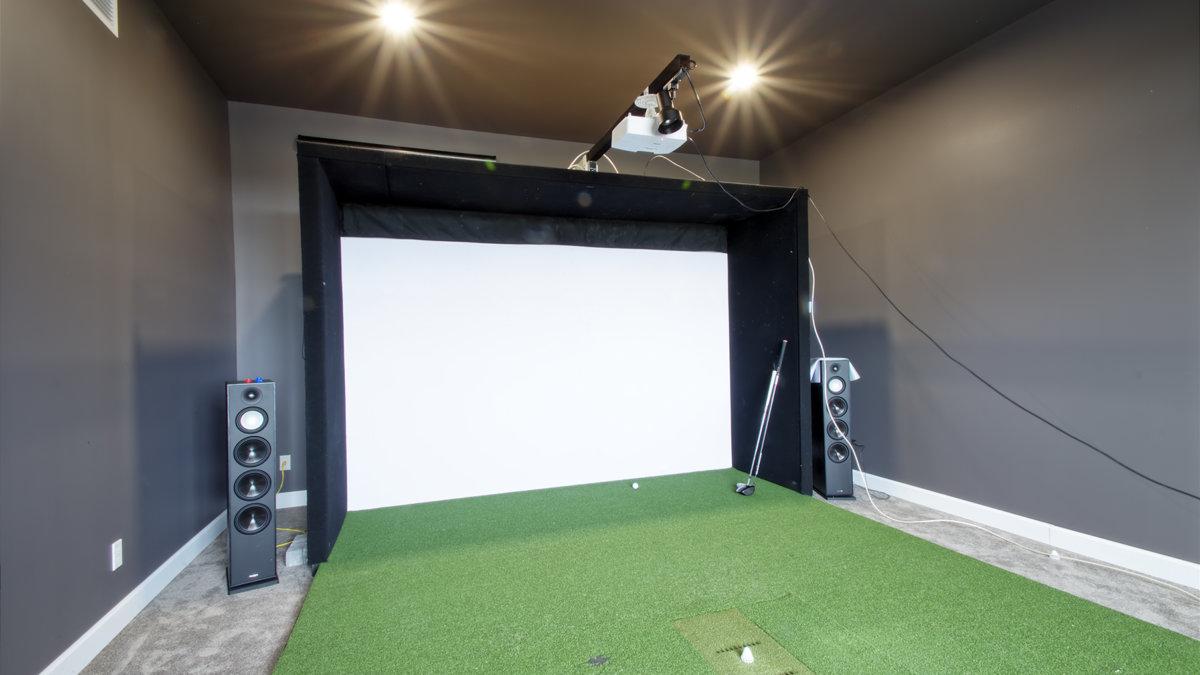 C-355 : Cinema + Golf
