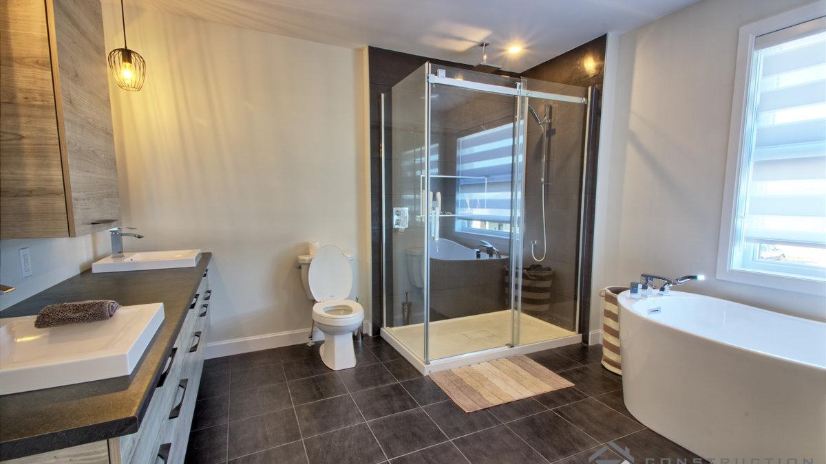 C-374_Salle de bain