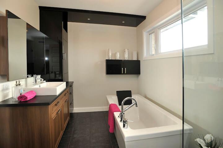 C-241 : Salle de bain