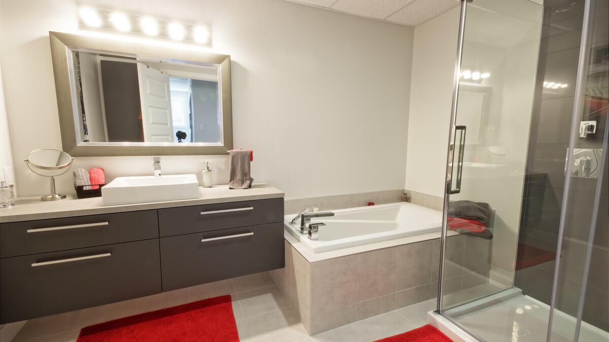 J-353 : Salle de bain